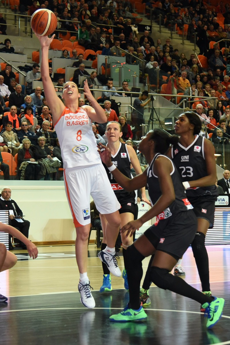 8. Laura Hodges (Bourges Basket)